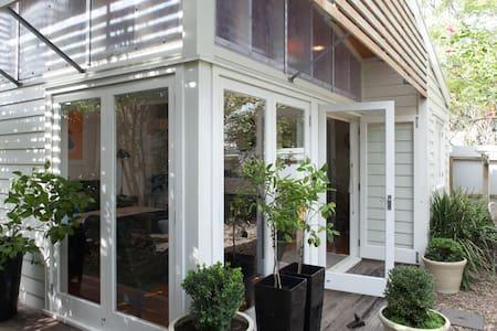 Luxury Grey Lynn Ponsonby Studio - Auckland - Hus