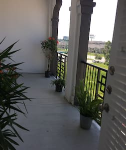 1BR/BA back of The Woodlands - Appartement