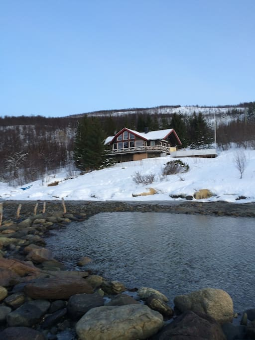 Wintertime, the cabin seen from the seaside.