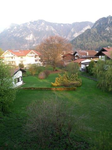FWG in Inzell(Obb.) herrliche Bergsicht vom Balkon