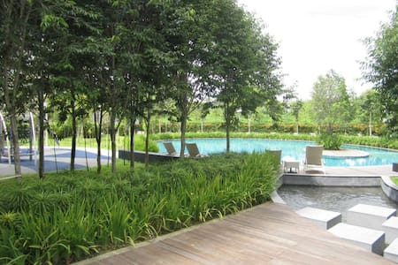 Lovely and Relaxing+Airport pick up - Kuala Lumpur