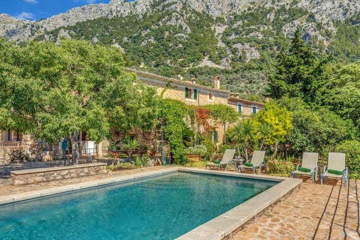 Sa Cabana Vella, finca con piscina en Fornalutx