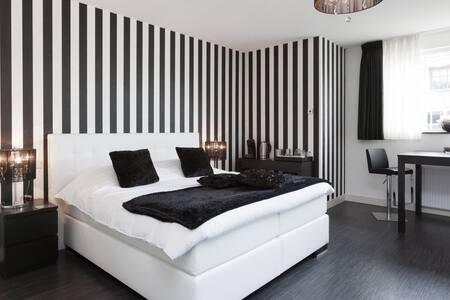 B&B De Droomhoeve - Nunspeet - 家庭式旅館