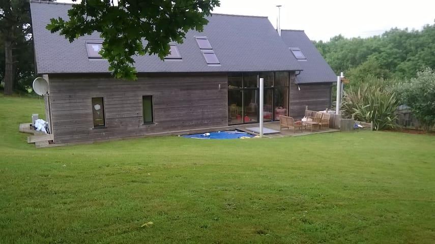 Maison de campagne en bois - Plounérin - Villa