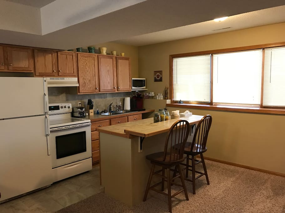 Fully supplied kitchen!  Keurig w/pods provided.