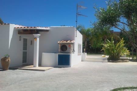 Pequeña casita Cala de Bou - Ibiza - San Agustín - Casa
