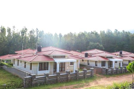 Oaks Villa 6BHK