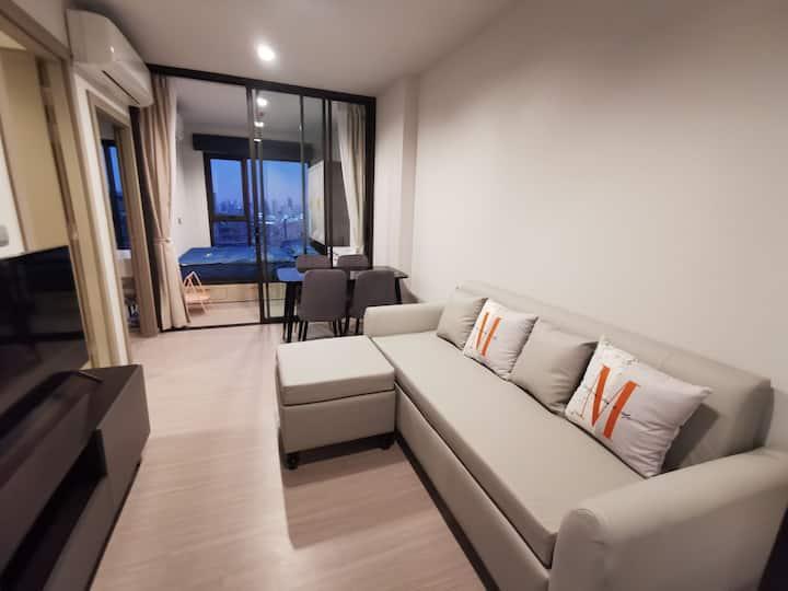 lifeAsoke-Rama9B栋29楼2房40平米无遮挡独立厨房,地铁口rama9 300米