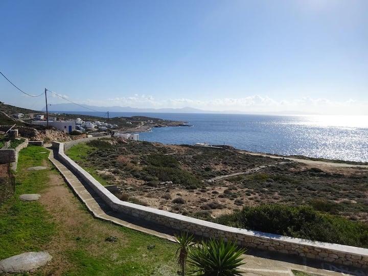 Marias Sea view Studios Donousa