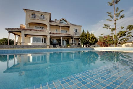 Spectacular Villa/Guesthouse Malaga - Bed & Breakfast
