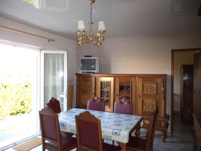 loue T3 meublé   - Semussac - Lägenhet