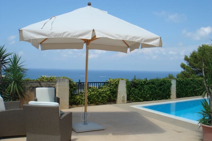 Bungalow with Pool and Open Sea Views - Madliena - Naxxar - Bungalow