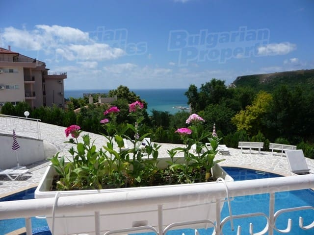 Gorgeous Views and Tranquility - Kavarna - Flat