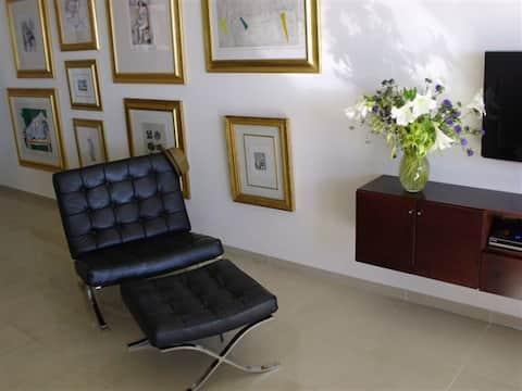 Luxurious Apartment on Poleg Beach in Netanya
