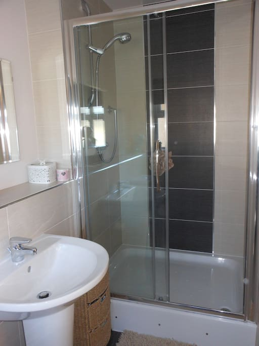 Large en-suite with power shower.