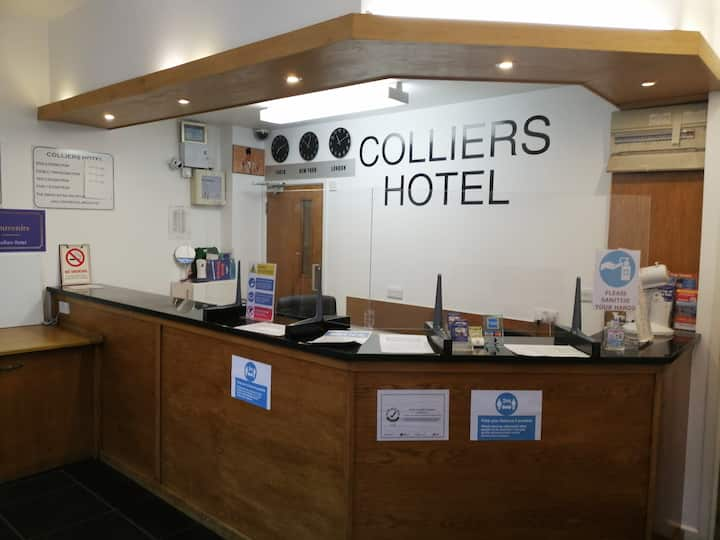 Budget Single Room At Colliers Hotel.