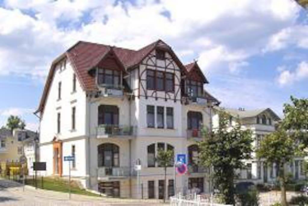 Villa Medici Apartments For Rent