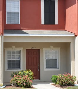 New Furnished Condo -Tampa Bay Area - Gibsonton - 別荘