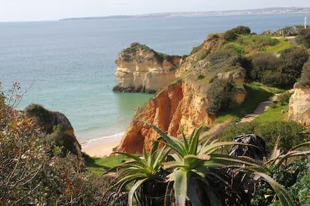 5BD Prainha villa by beach, 3 pools, golf & tennis - Alvor