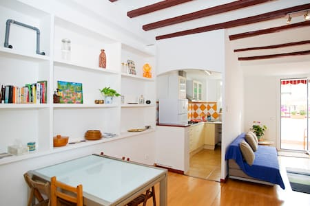 Attic in Gracia: at home in BCN