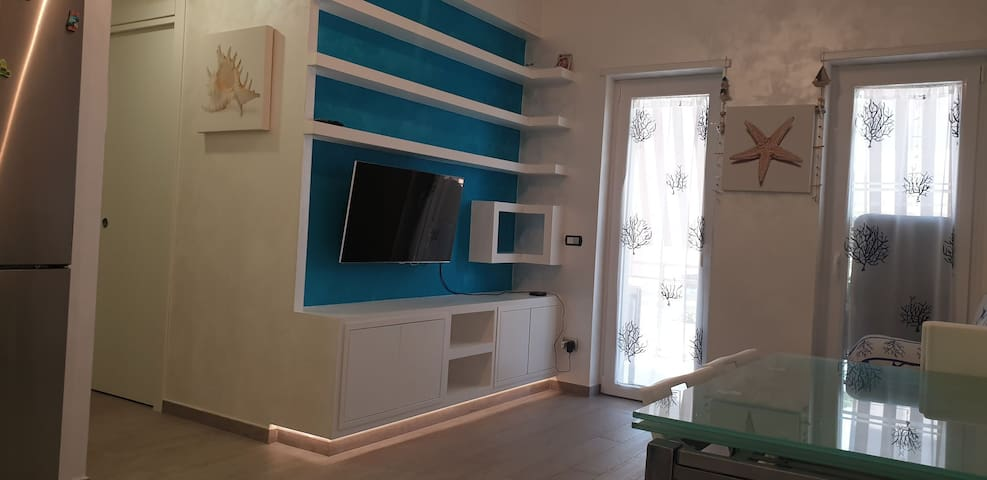 Tavolo Allungabile Fino A 6 Metri.Airbnb Aurelia Vacation Rentals Places To Stay Lazio Italy