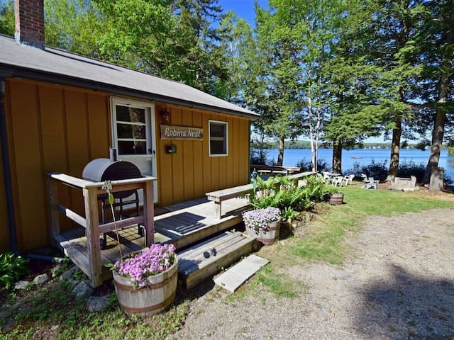 Private Cottage On George's Pond near Acadia NP