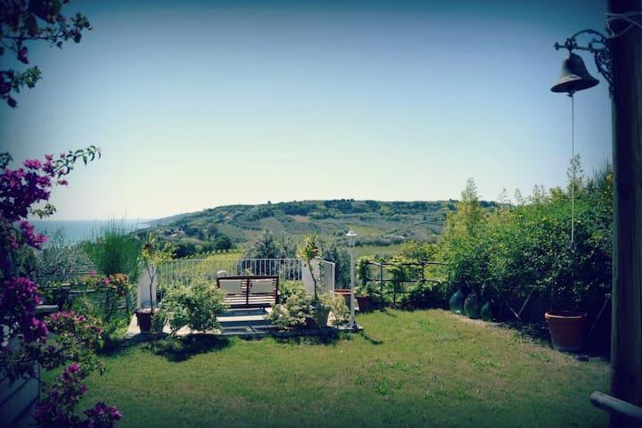 A Costaginestre la natura è di casa - Ortona - ที่พักพร้อมอาหารเช้า