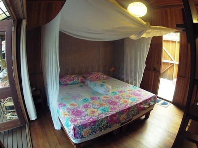Bukit Raya Guesthouse Comfort Room - Palangkaraya