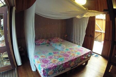 Bukit Raya Guesthouse Comfort Room