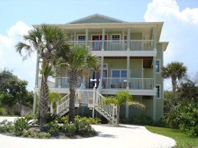 By The Beautiful Sea - St. Augustine - House