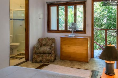 lindas suites beautiful suites