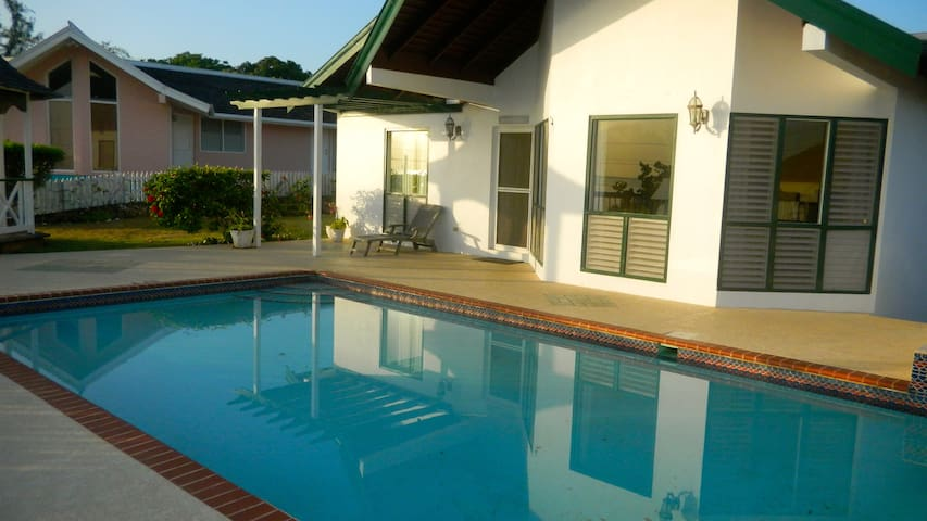 Sol Mar Villa, Silver Sands Jamaica - Duncans - Villa