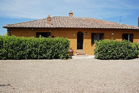 Villa in Siena for 7 people