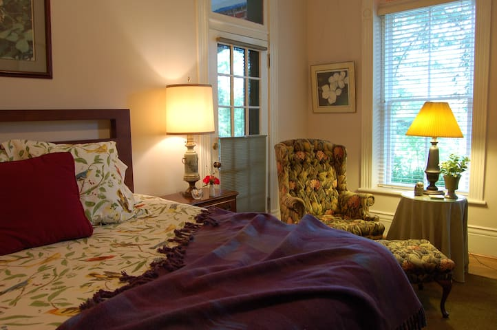 Historic mountain mansion B&B inn - Mountain City - Bed & Breakfast