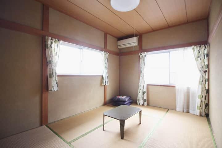 B&B 201 Tatami Futon Room