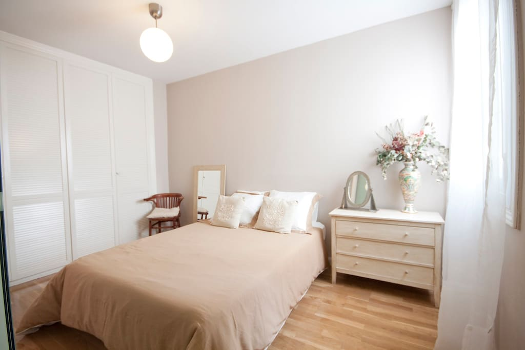 Main bedroom with spacious closet