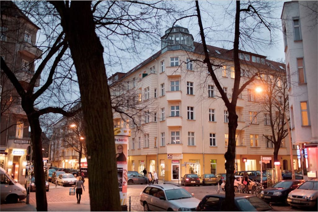 building from Boxhagener Square