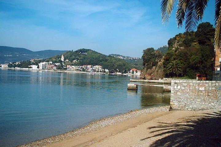 Zelenika between Kotor & Dubrovnik - Zelenika - Apartamento