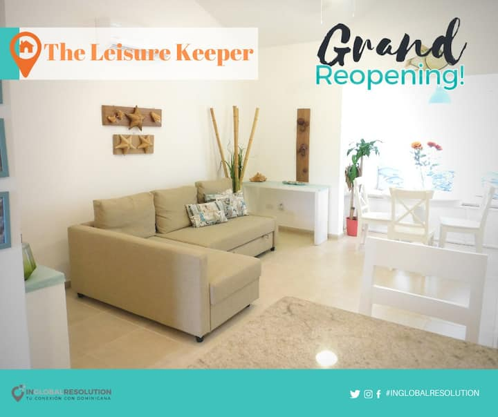 The Leisure Keeper. Ideal Apartment couples. Playa
