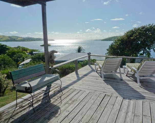 Sweet 2BR House Amazing View&Breeze - Culebra - House