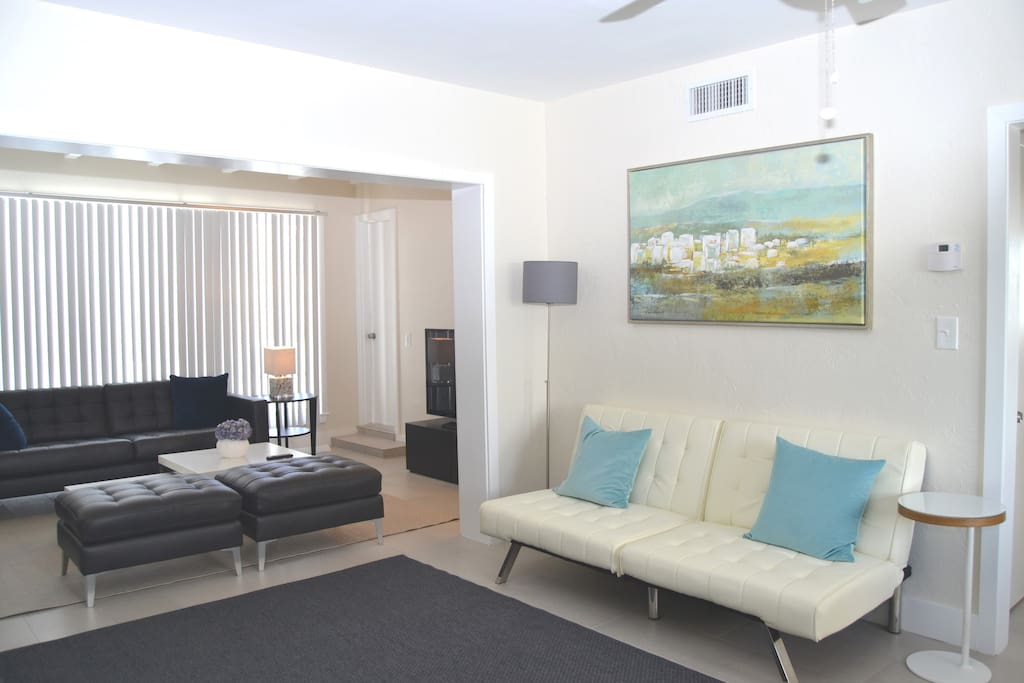 Solas 28 two bedroom apartment boutique hotels for - 2 bedroom apartments in fort lauderdale ...