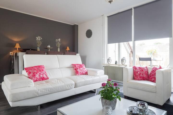 Charmante 2 slaapkamer woning - Nieuwegein - Apartamento