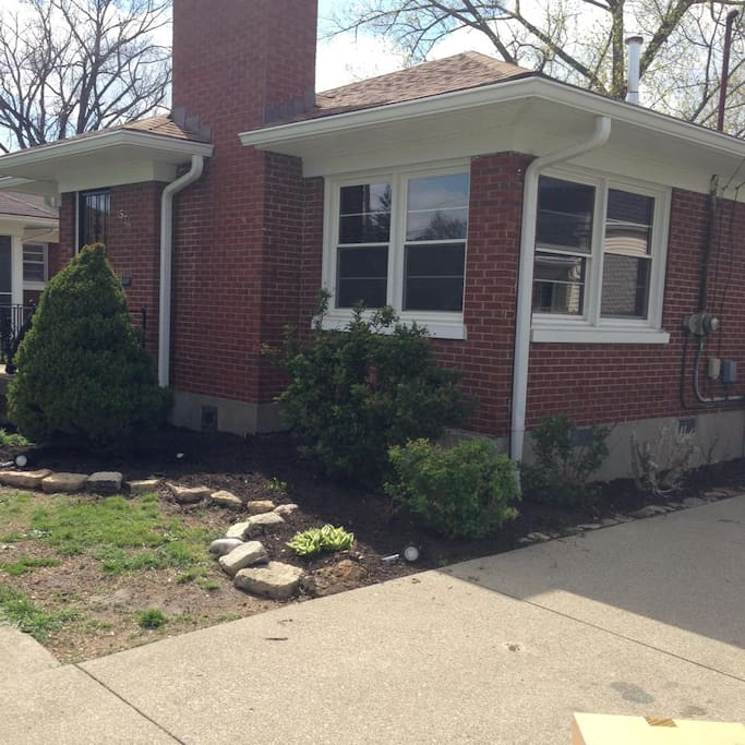 3 Bedroom 2 5 Miles From Churchill Houses For Rent In Louisville Kentucky United States