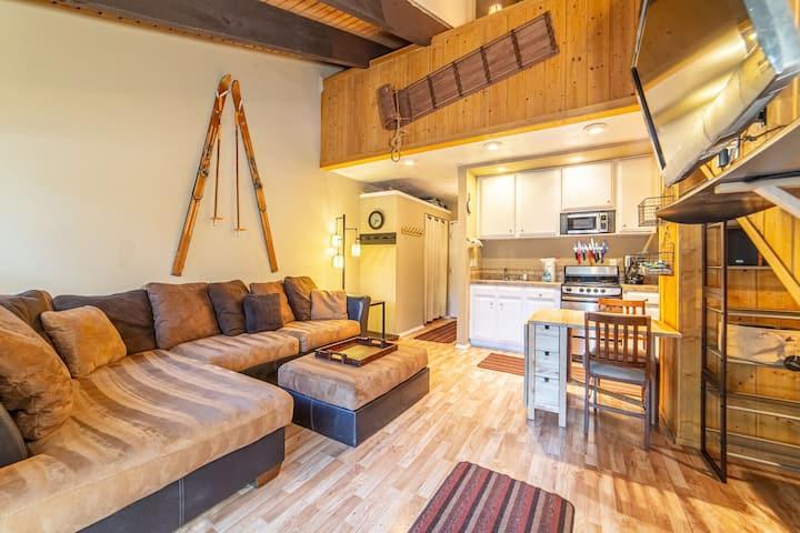 Centrally Located Mammoth Studio+Loft w/ WIFI & Parking!