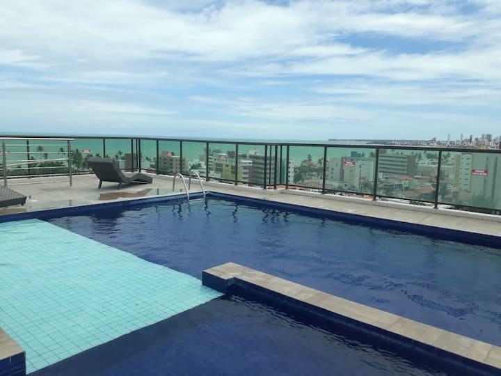 Ap  com piscina a 5 min a pé da praia do Bessa.