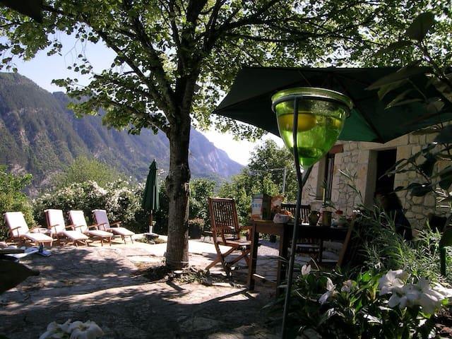 Maison de charme en Provence pr 6/8 - Entrevaux - Dom