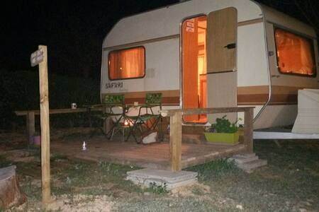 Fantastic cosy caravan for holidays on quiet site. - San Jorge - 露营车/房车