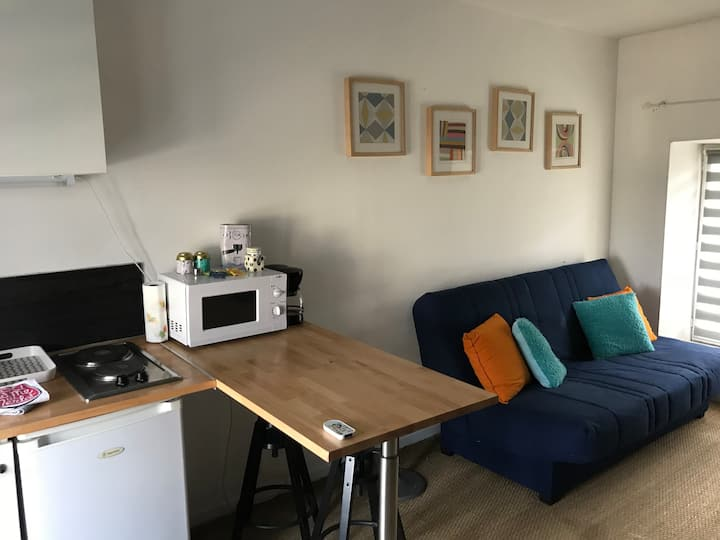 Studio furnished(filled) - Thiverny