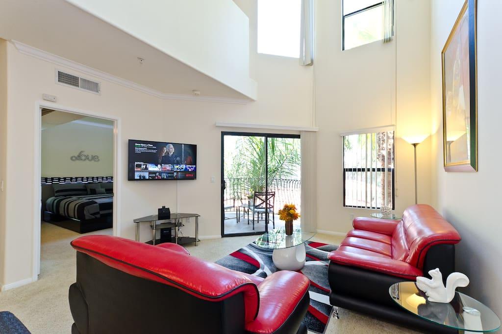 Spacious elegant living room.