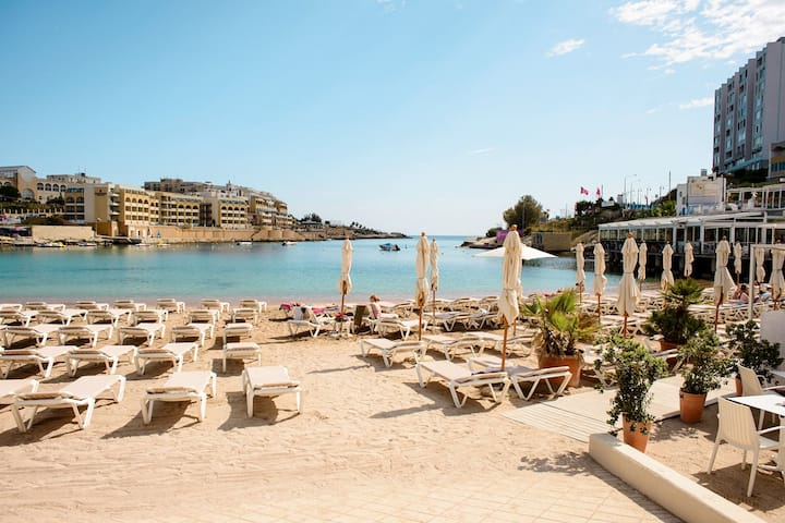 GOLDEN MILE RIVIERA LUXURY HOLIDAY APARTMENT